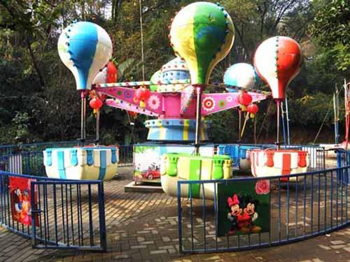 Globo samba juego de mecanico es la feria muy popular en el mundo.