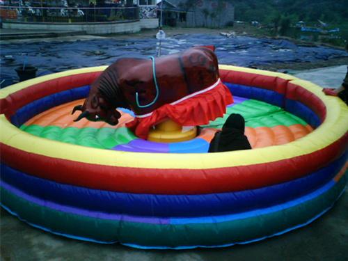 BNMB-3 Toro Inflable en Venta, esta feria muy bonita y muy famosa en el mundo.