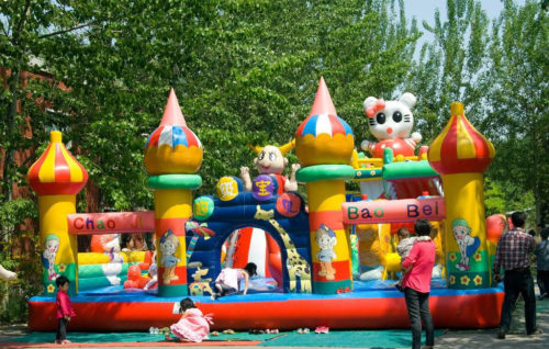 juegos inflables en venta, este producto muy bonito y más mejor de los niños.